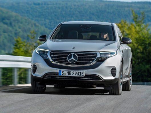 Mercedes EQ suv elettrico