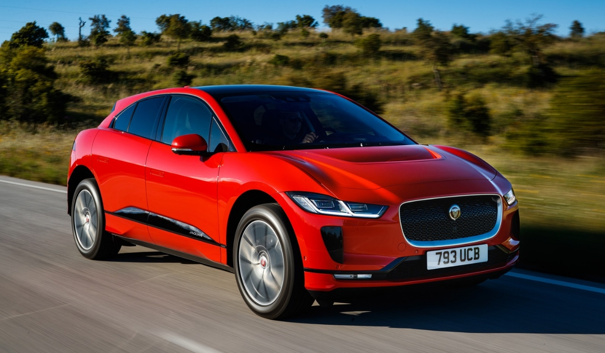Nuova Jaguar I-Pace premiata Car of the Year 2019