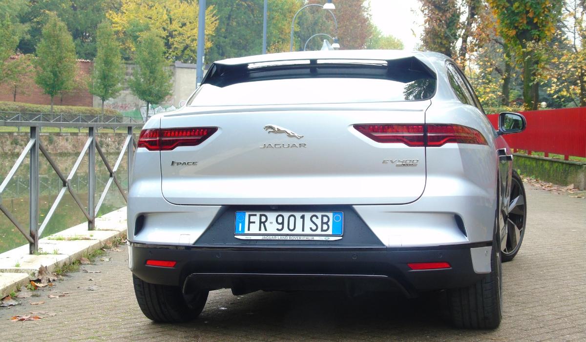 Nuova Jaguar I-Pace 2019 grigia