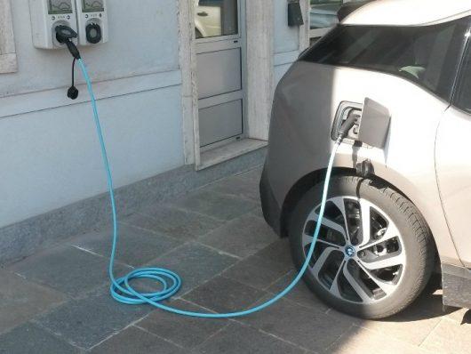 auto elettriche wall box