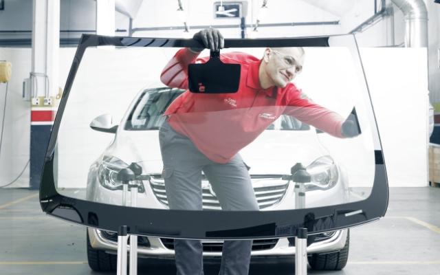 Carglass: riparazione e sostituzione vetri e manutenzione dell'auto degli italiani nel 2018