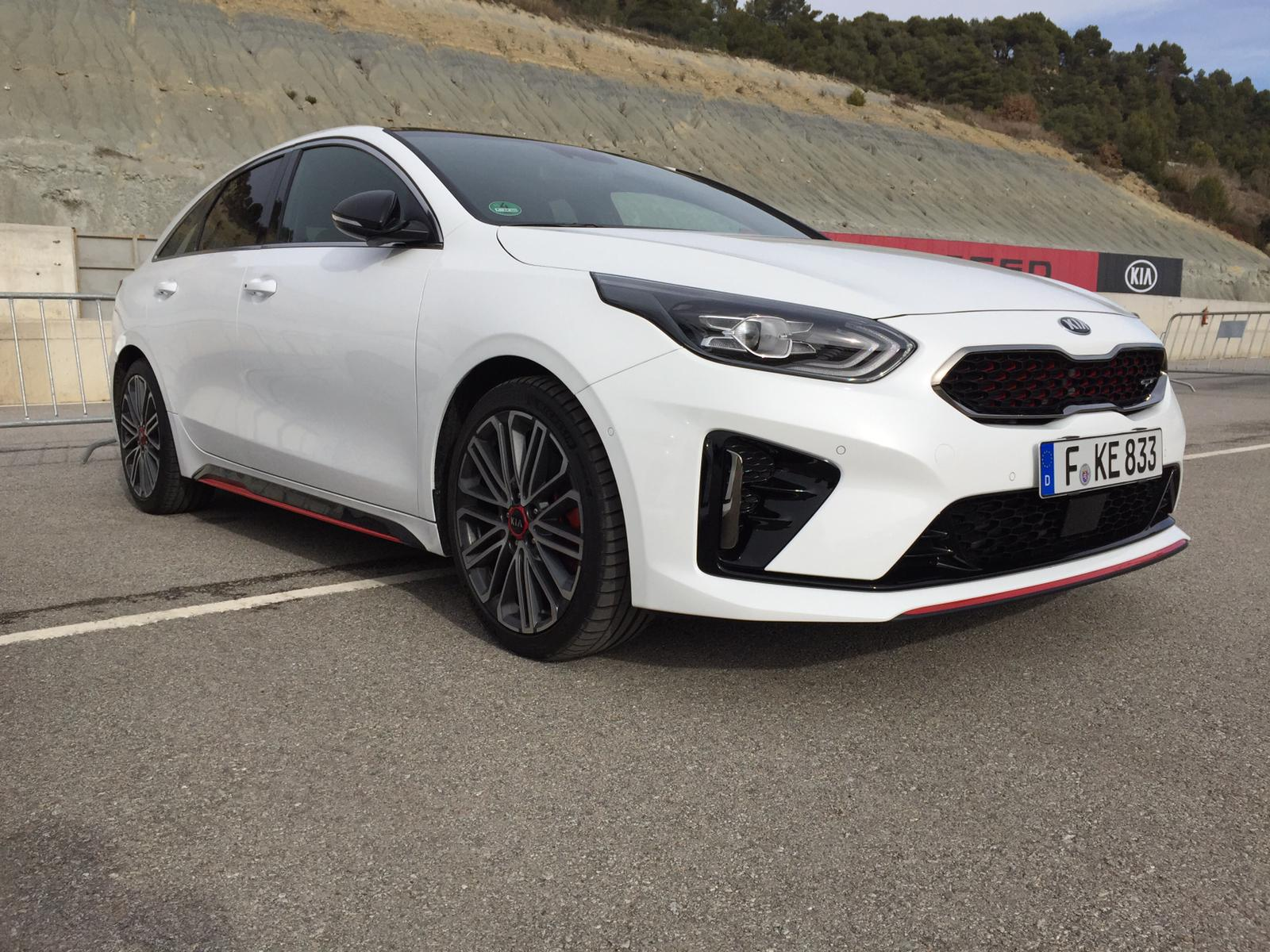 design kia proceed