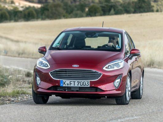 noleggiare Ford Fiesta