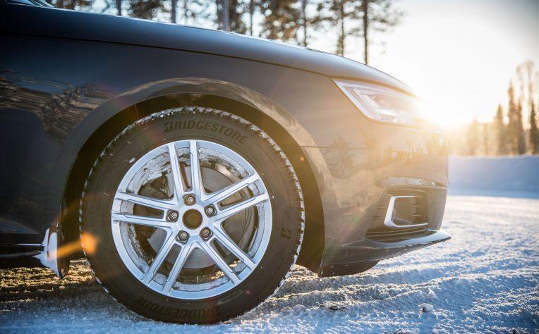 Nuovi pneumatici Bridgestone Blizzak LM005 per la stagione invernale