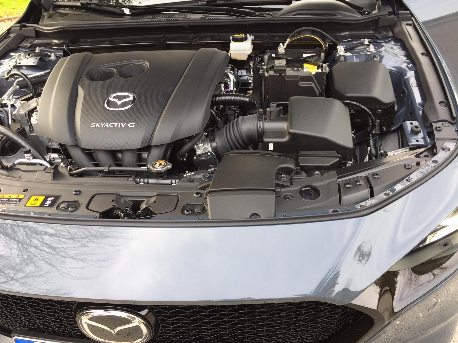 Nuovo motore di Mazda3 2019