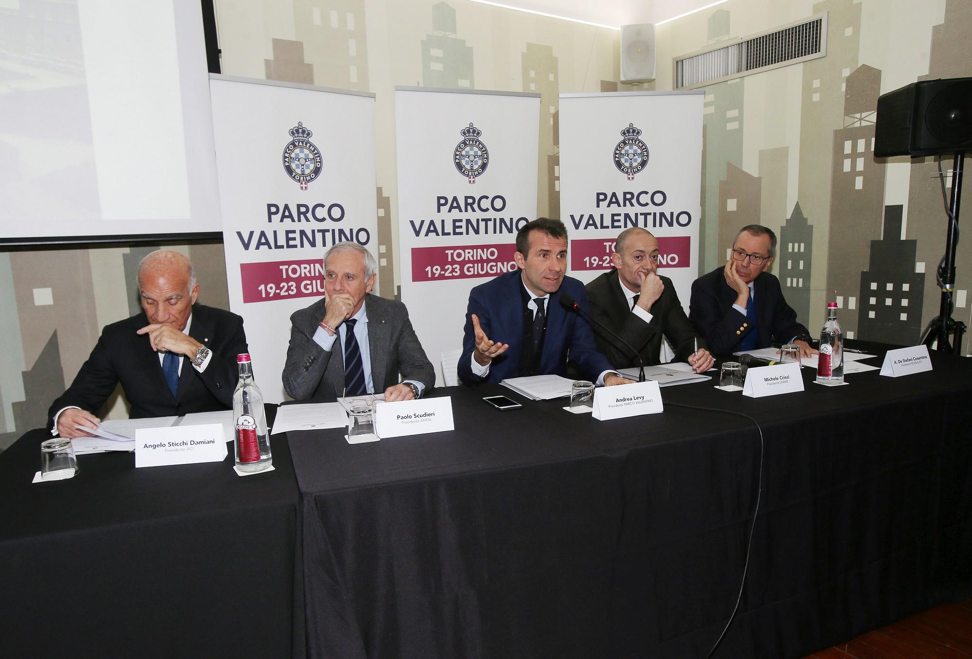 Salone dell'Auto di Torino, Parco Valentino 2019: la tavola rotonda sul futuro dell'auto tra bonus e malus