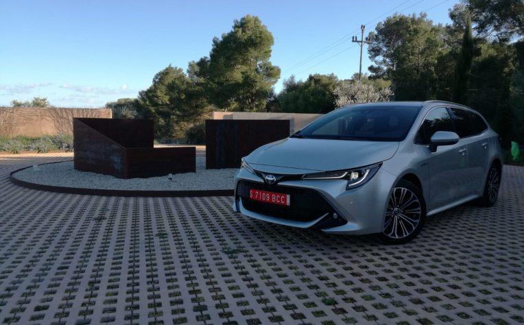 test-drive-toyota-corolla-2019