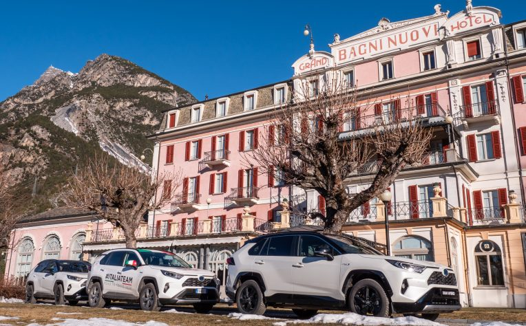 Toyota Hybrid Vertical Winter Tour 2019: il test drive di Rav4