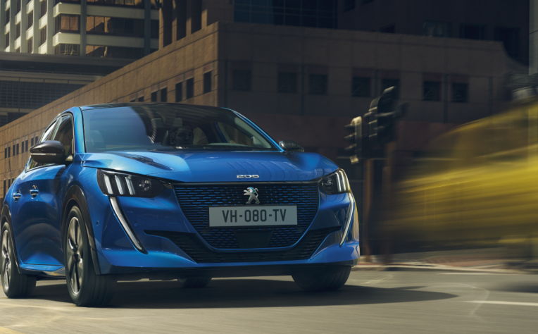 Nuova Peugeot 208 benzina, diesel ed elettrica