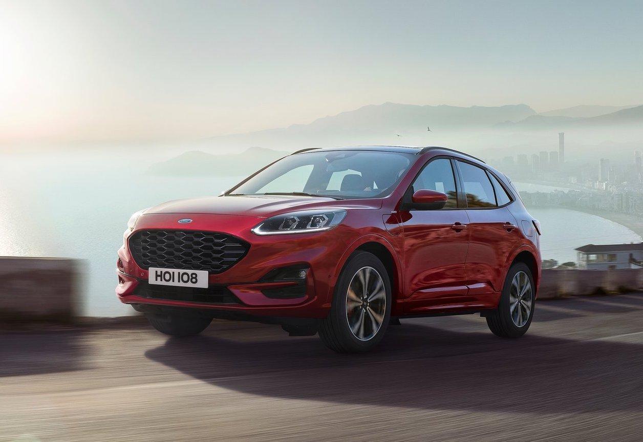 nuova ford kuga offensiva ibrida le caratteristiche del suv fleet magazine