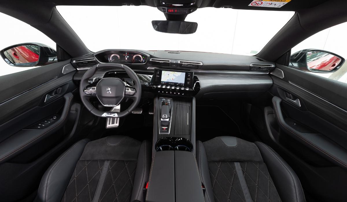 Nuova Peugeot 508 interni
