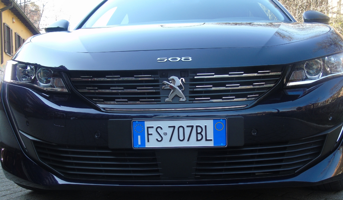 Nuova Peugeot 508 frontale