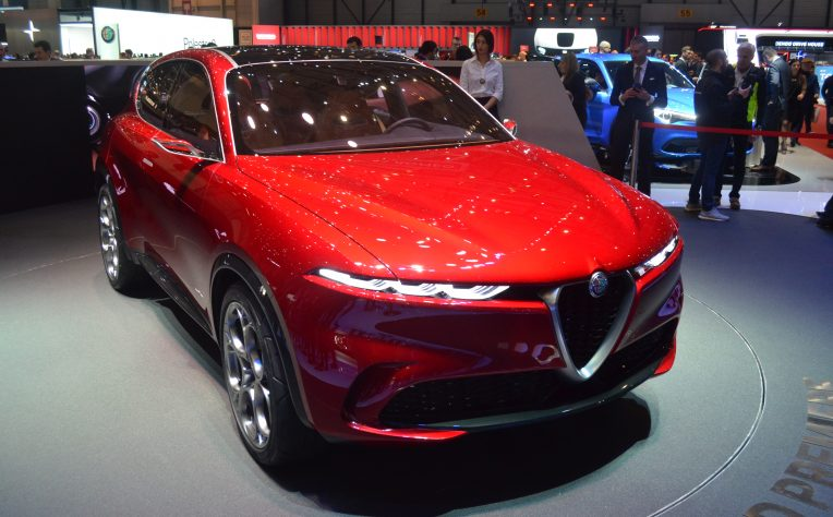 alfa-romeo-tonale-milano-design-week-2019