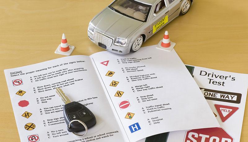 Come ottenere la patente: esami di idoneità