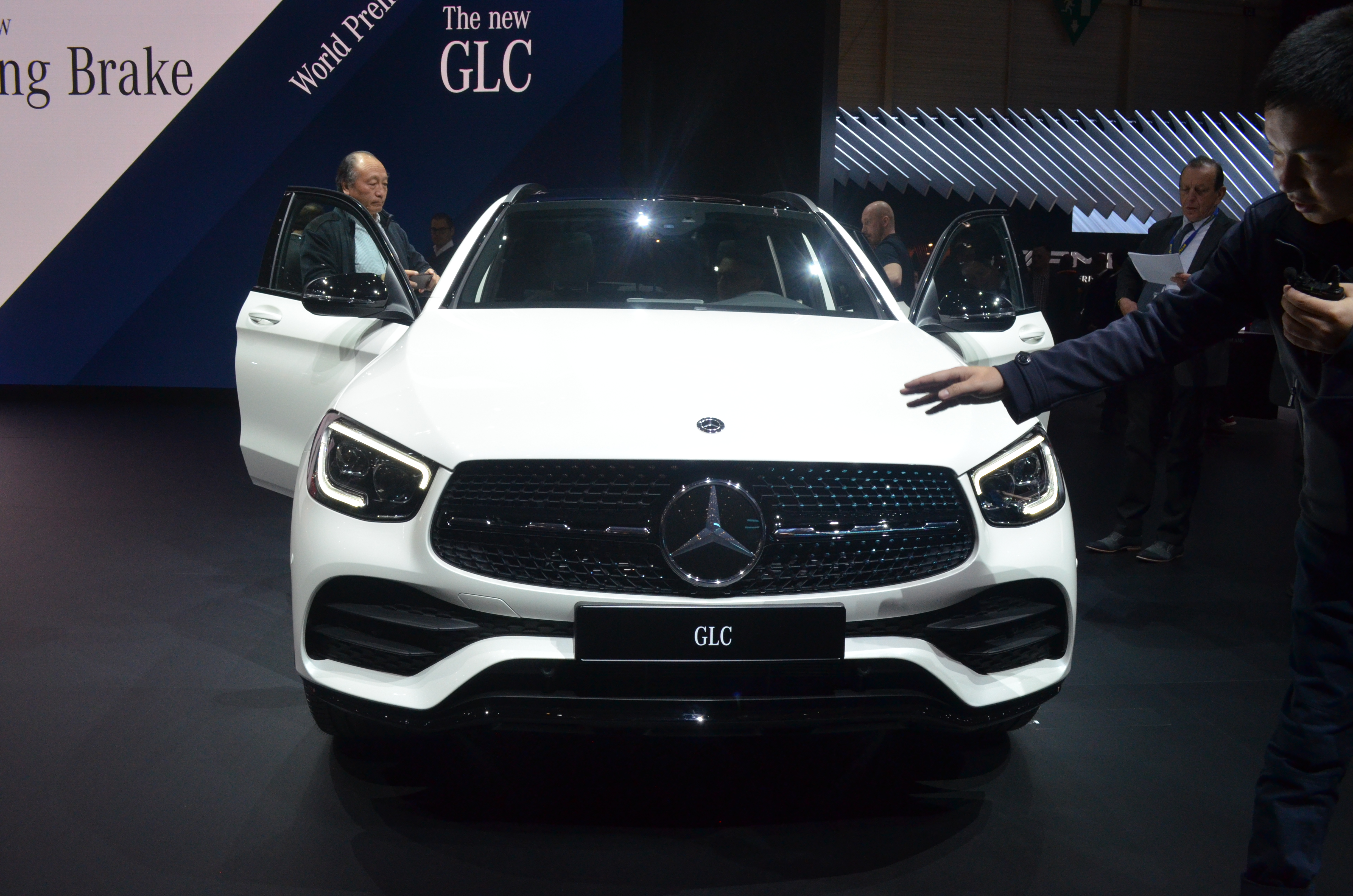 frontale-mercedes-glc-2019