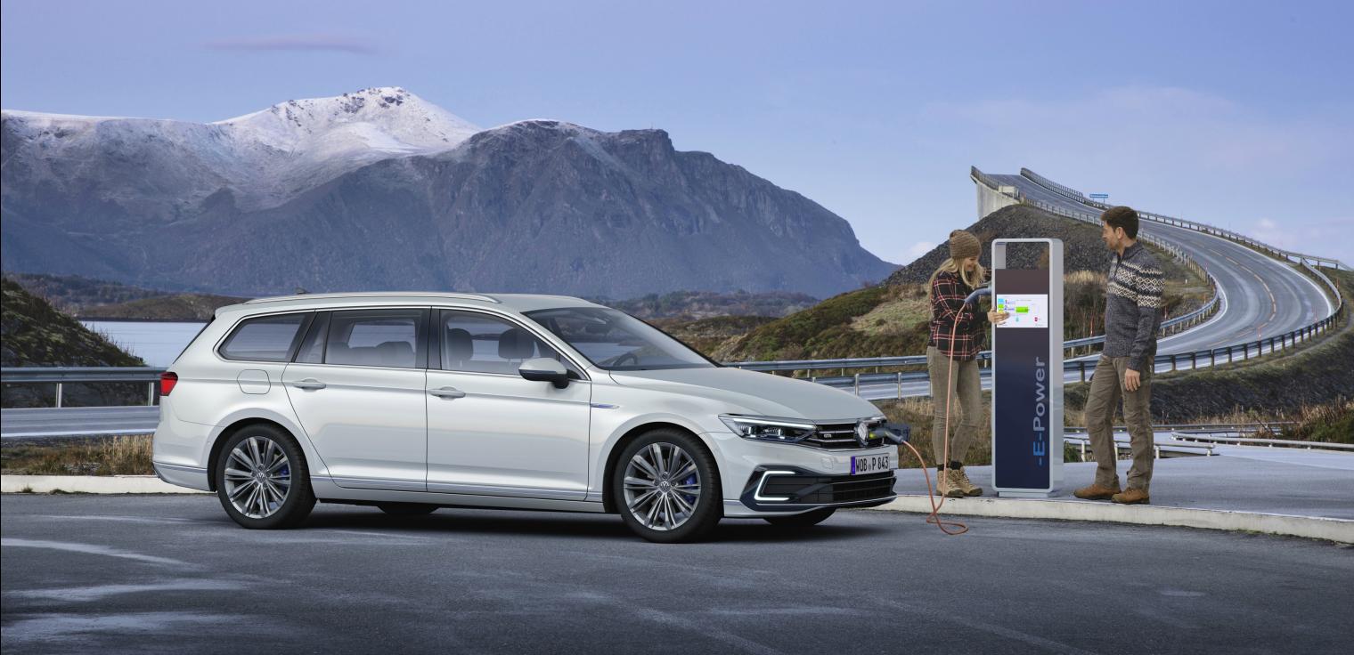 nuova Volkswagen Passat ibrida plug in