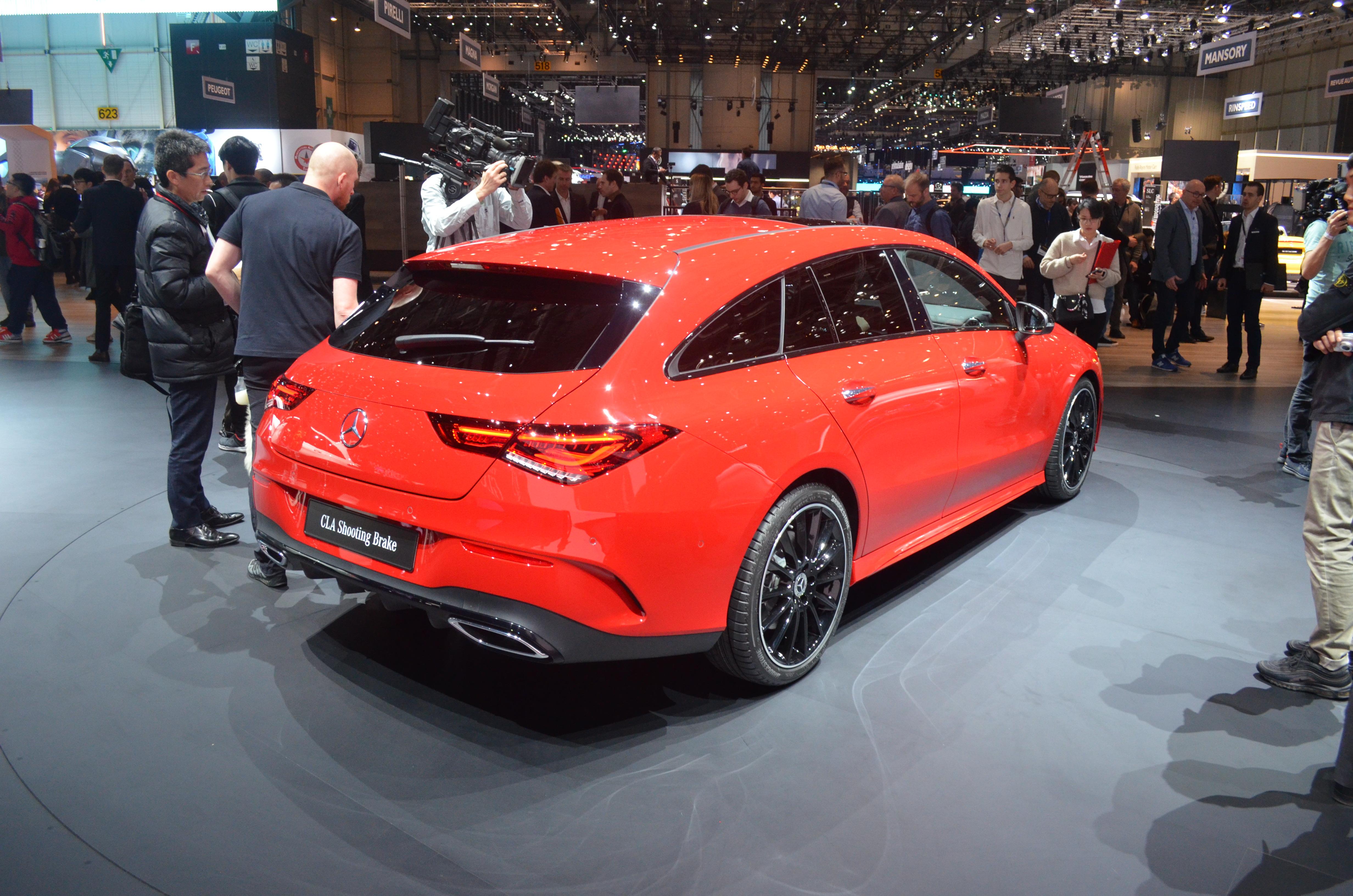 posteriore-mercedes-cla-shooting-brake-salone-ginevra-2019