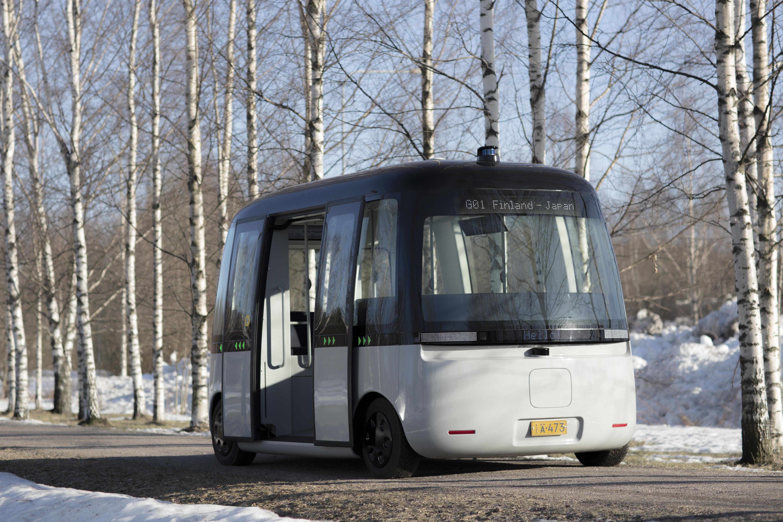 Il test Drive di Gacha, il nuovo bus auto-guidato, dotato di tecnologia autonoma