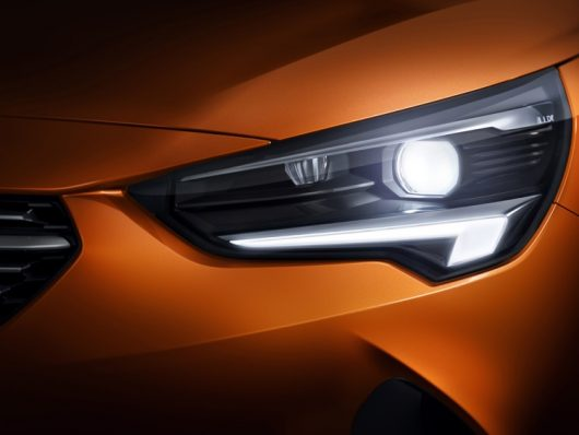 Fari adattivi Intellilux a Led di nuova Opel Corsa