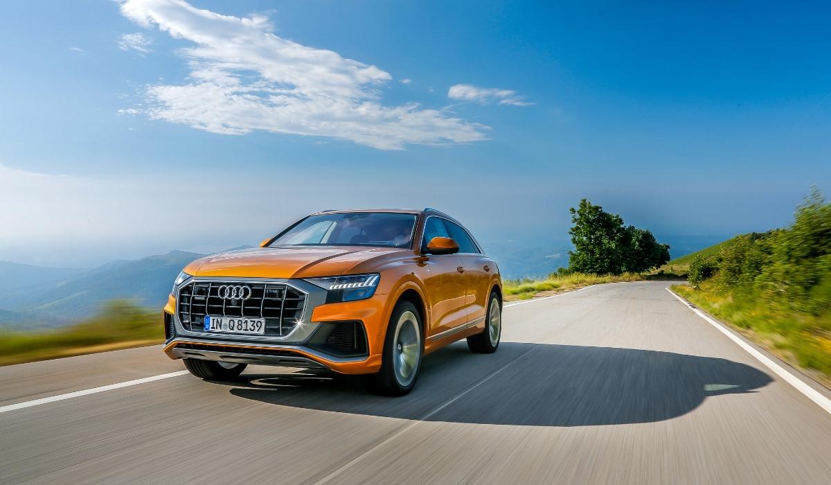 Nuova Audi Q8 2019 dinamica