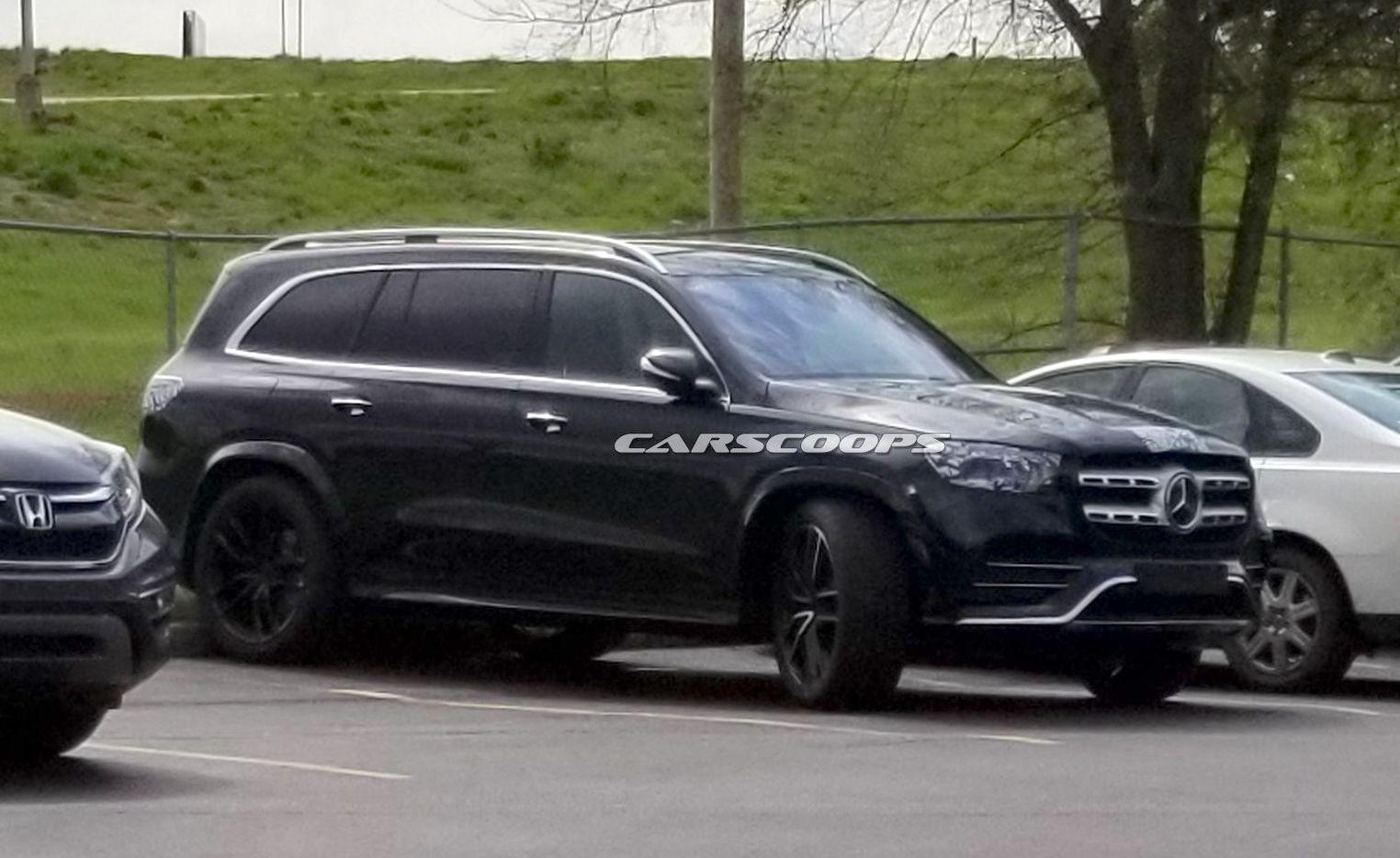 Nuova Mercedes GLS 2020, foto spia
