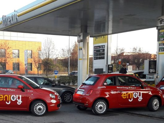 Nuovo carburante A20 Eni FCA meno emissioni test Fiat 500 car sharing Enjoy