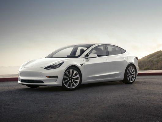 Autopilot nuova Tesla Model 3