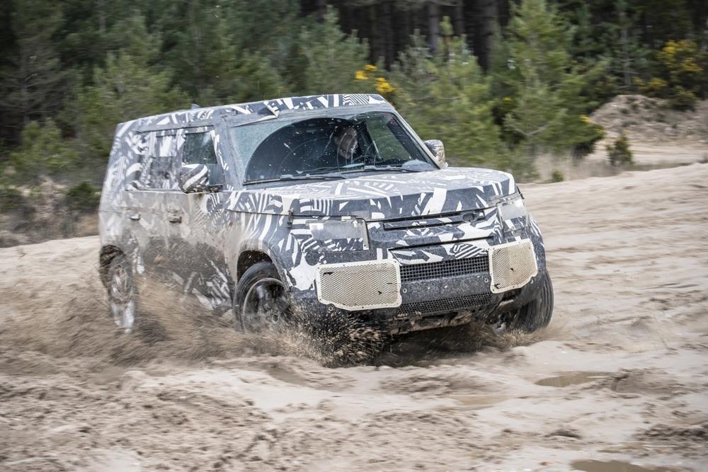 Caratteristiche di Nuova Land Rover Defender 2020