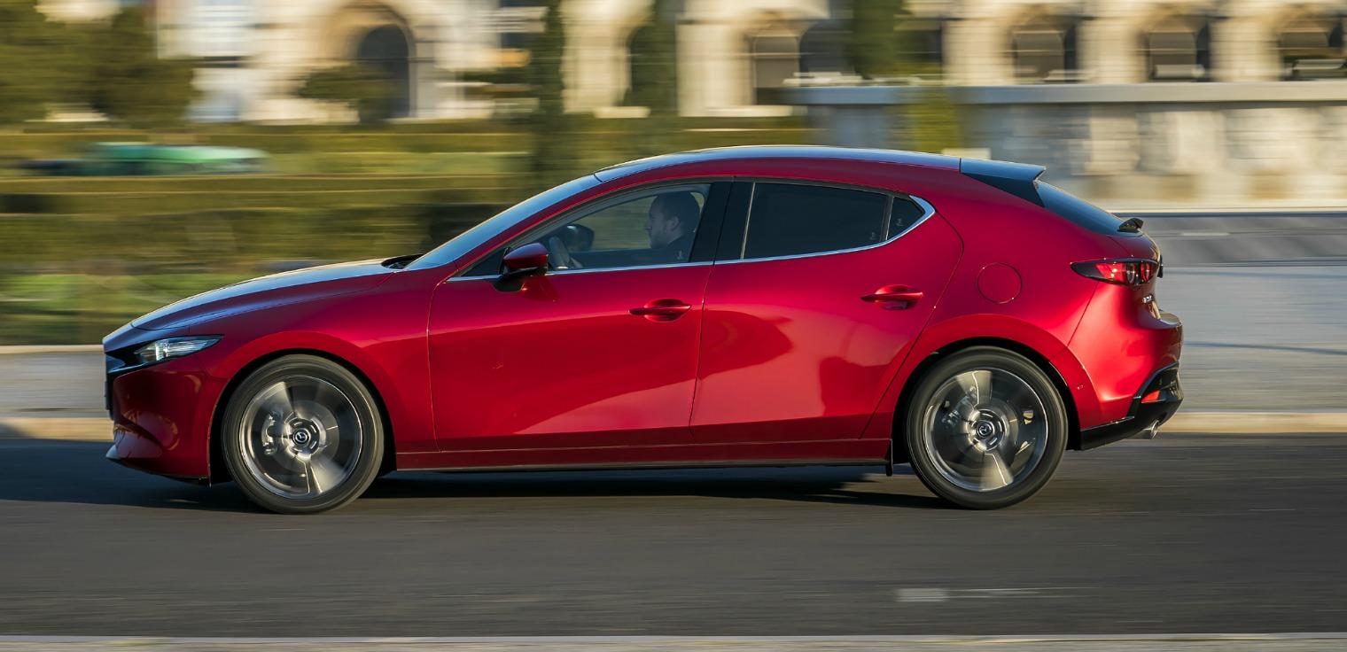 Design nuova Mazda3 2019