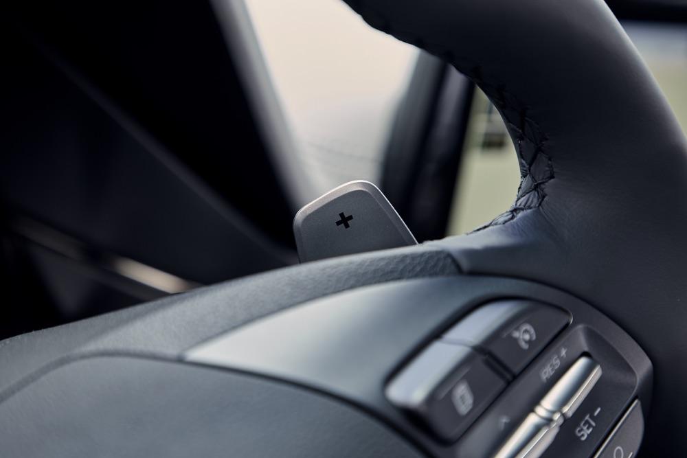 Frenata rigenerativa di Hyundai Ioniq ibrida 2019