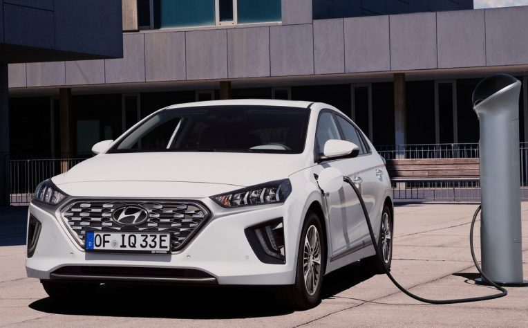Hyundai Ioniq ibrida plug-in