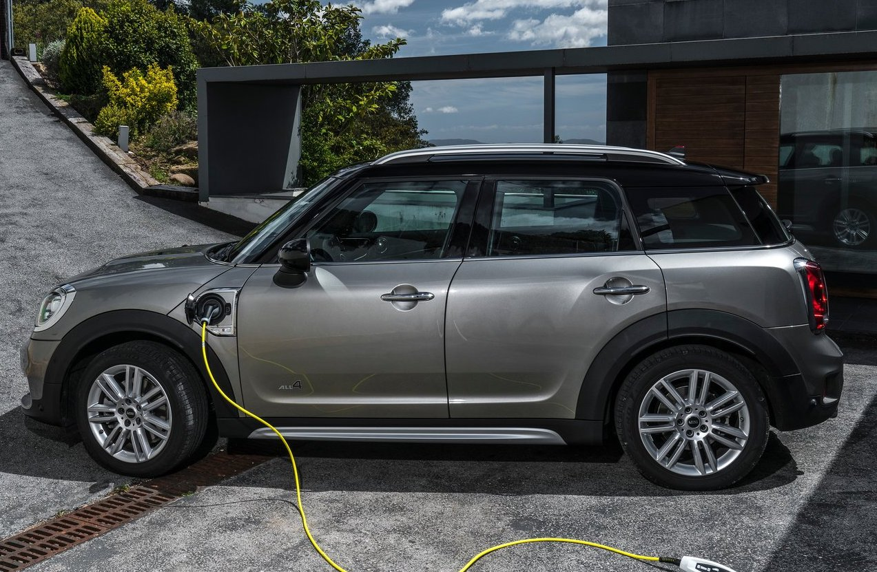 MINI Countryman ibrida plug-in