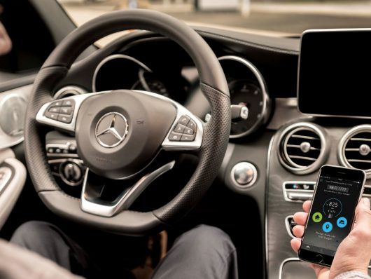 Mercedes Connect Business
