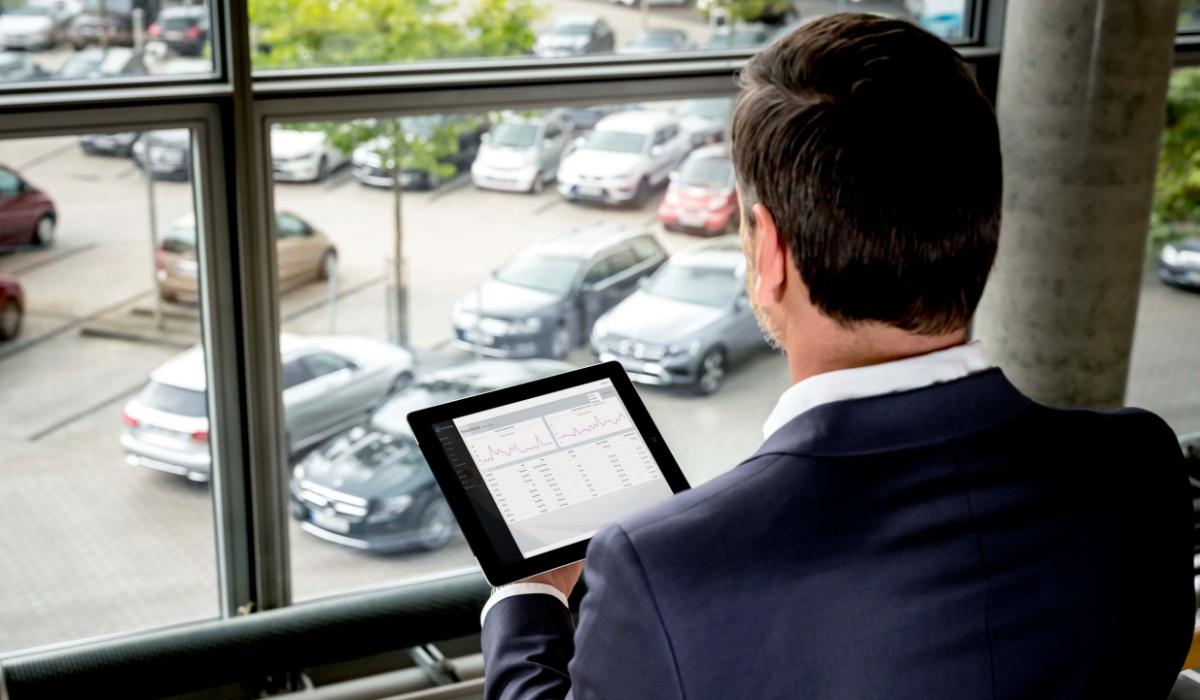 Mercedes Connect Business vantaggi Fleet Manager