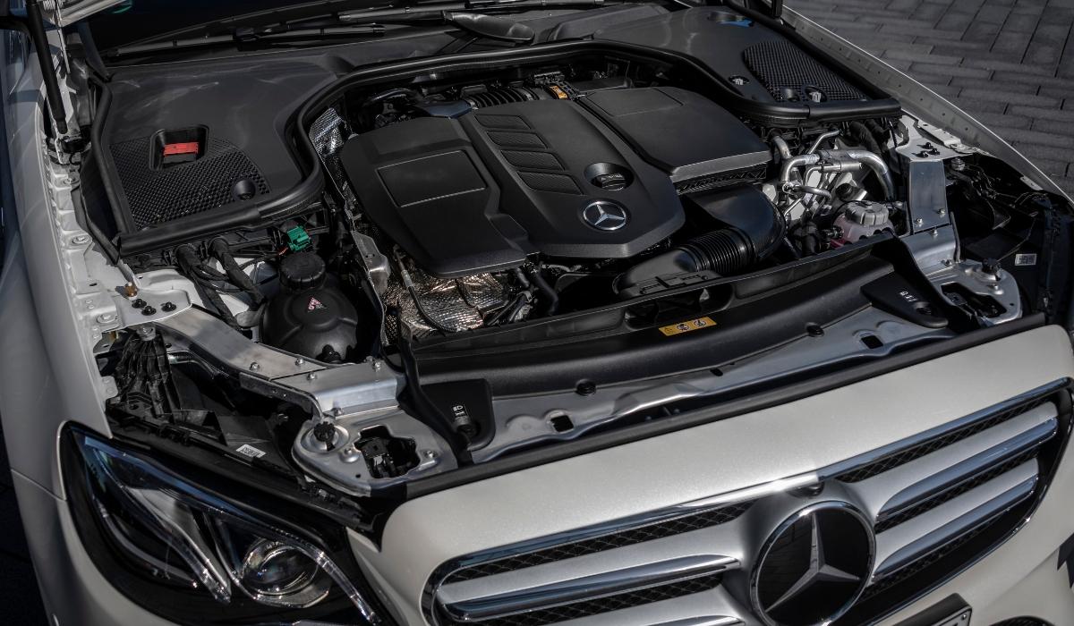 Motore diesel ibrido plug-in Mercedes