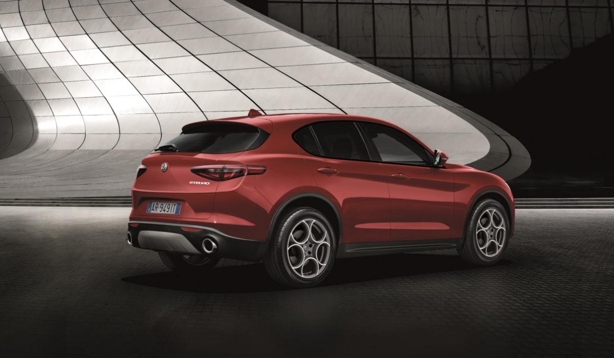 Nuova Alfa Romeo Stelvio Sport Tech 2019