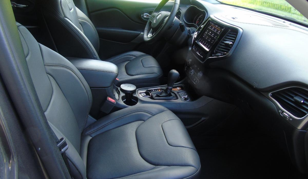 Nuova Jeep Cherokee 2019 interni