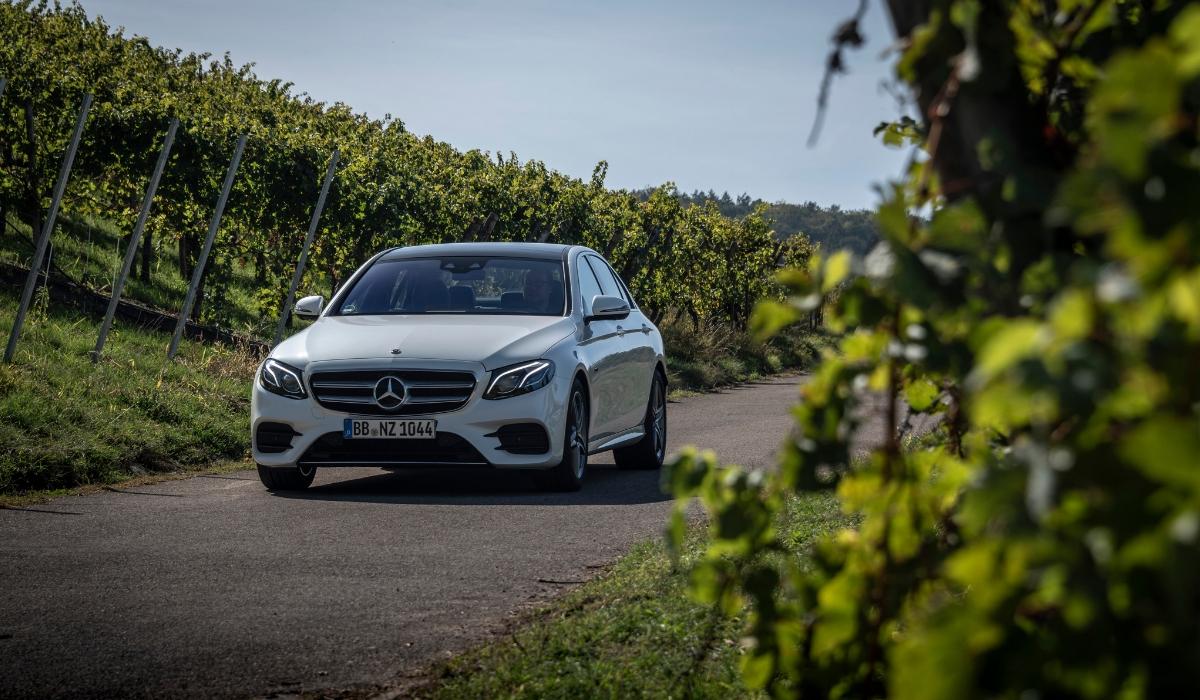 Nuova Mercedes Classe E 300 de EQ Power diesel ibrida plug-in