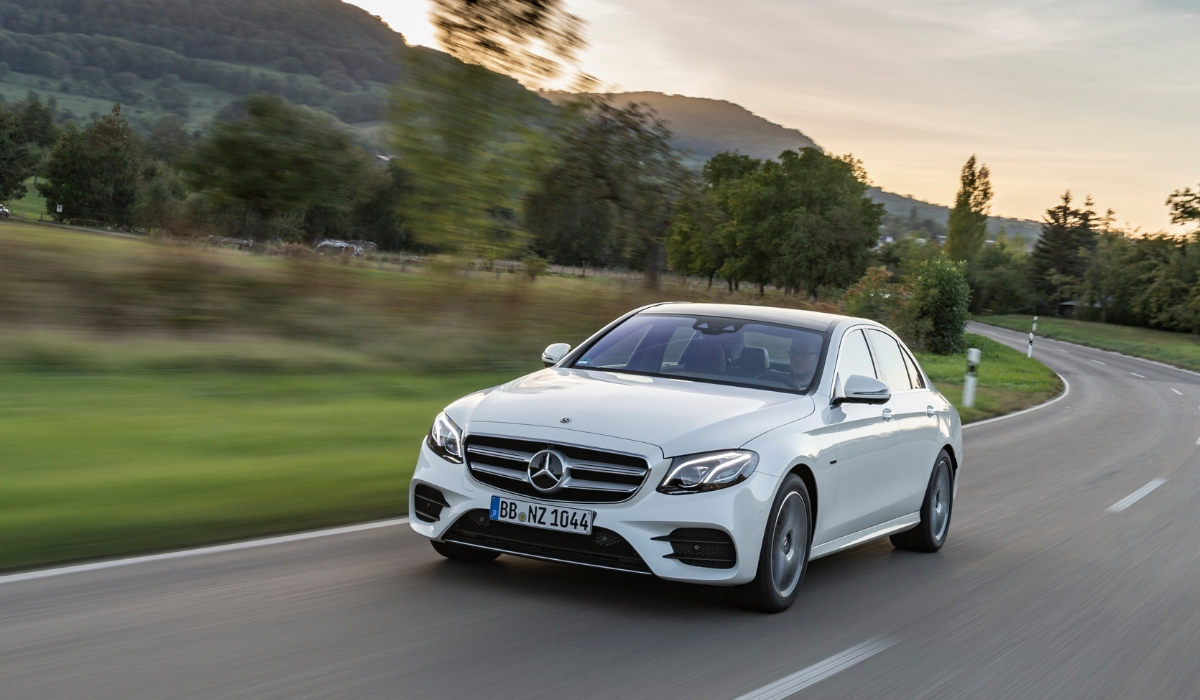 Nuova Mercedes Classe E 300 de EQ Power 2019