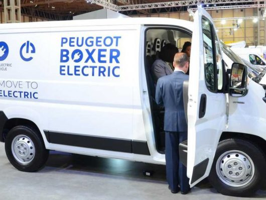 Nuovo Peugeot Boxer Electric bianco 2019