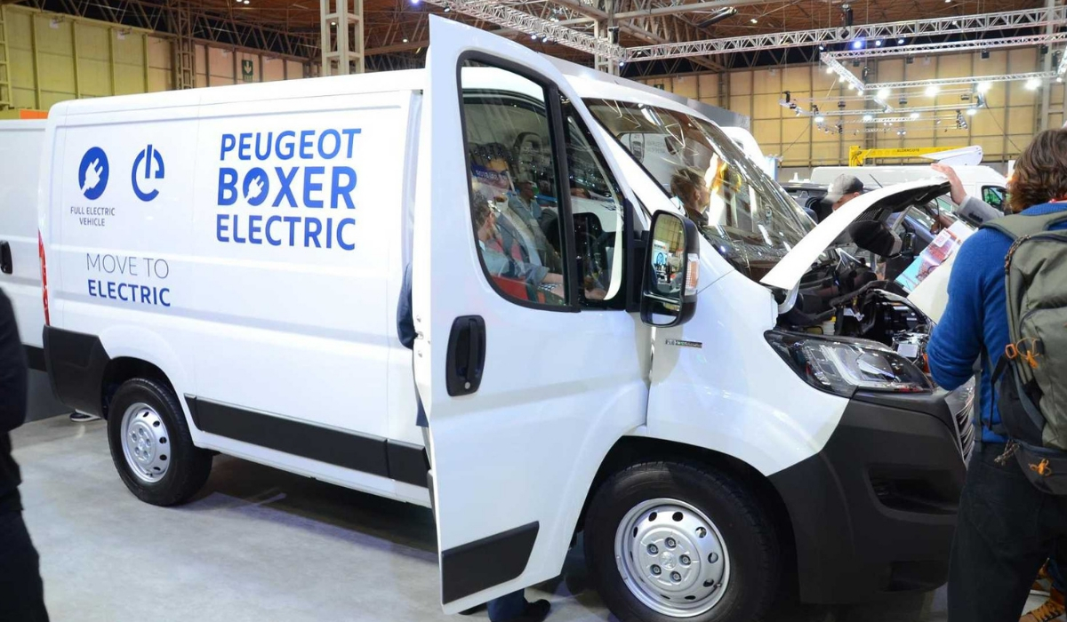 Nuovo Peugeot Boxer Electric LCV