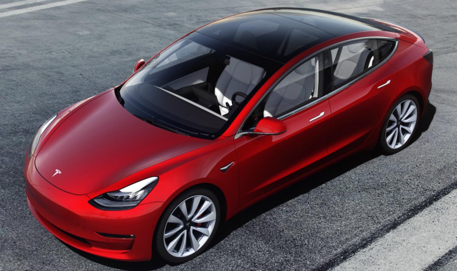 Prestazioni nuova Tesla Model 3