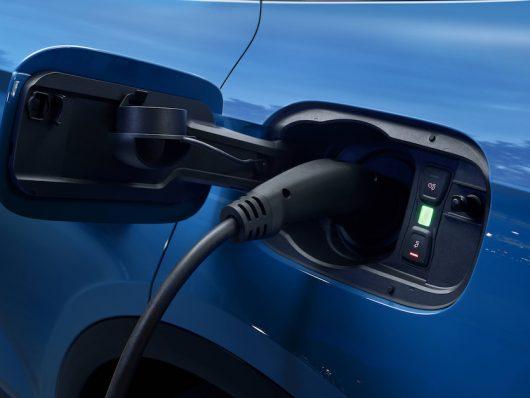 Ricarica di Audi Q5 ibrida plug-in
