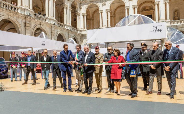 John Elkann inaugura la prima edizione del Motor Valley Fest di Modena