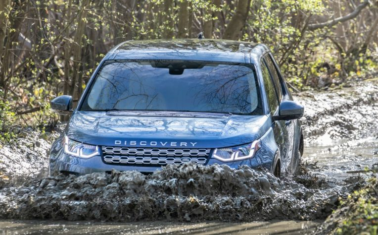 nuova Land Rover Discovery Sport off road