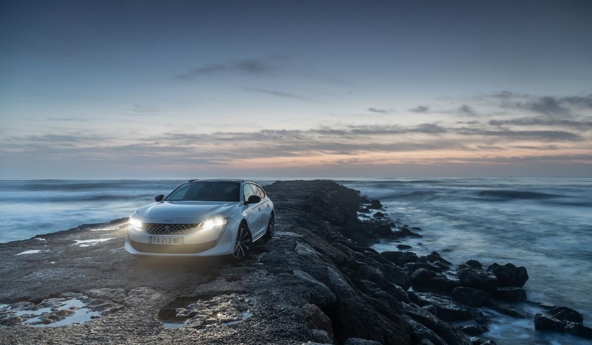 Nuova Peugeot 508 SW 2019 luci