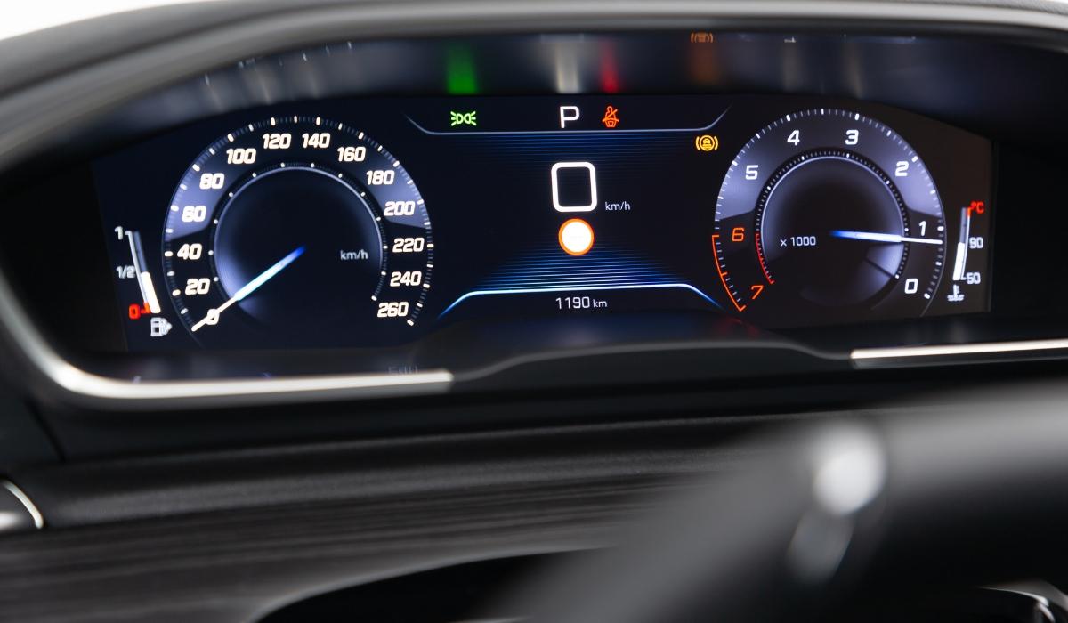 Nuova Peugeot 508 SW 2019 quadro strumenti digitale