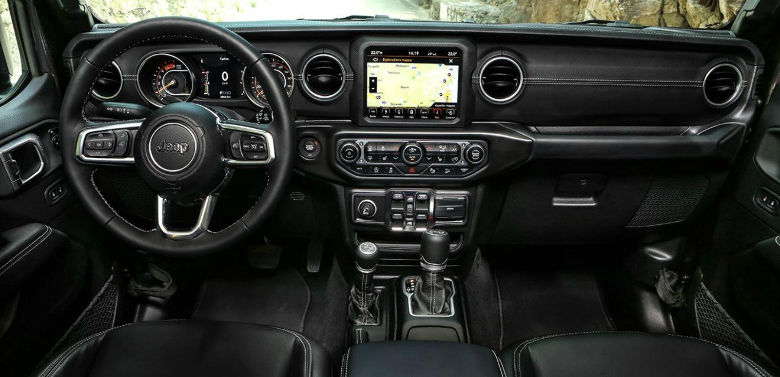 interni nuova Jeep Wrangler