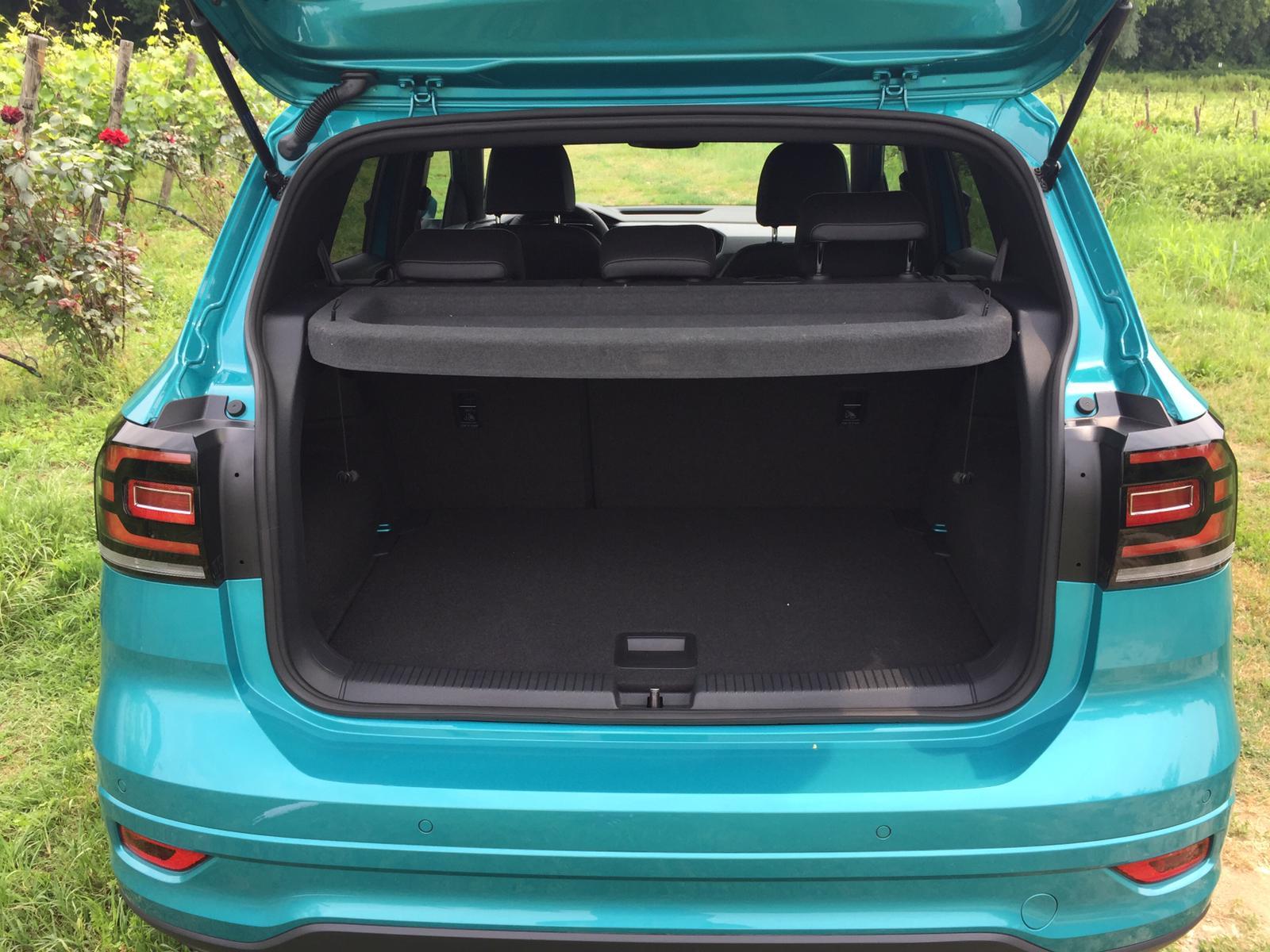 Interno bagagliaio Volkswagen T-Cross