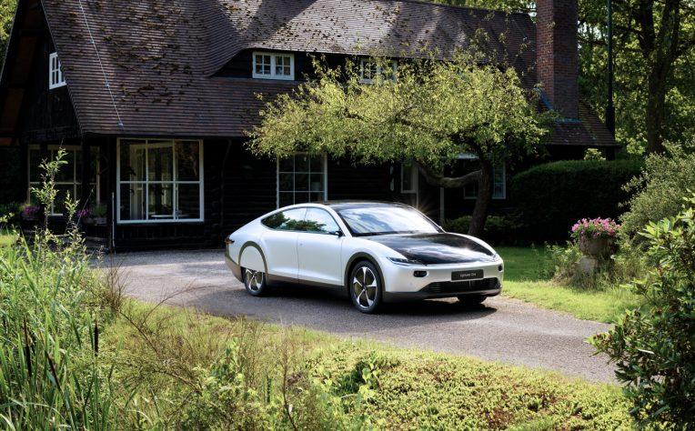 Lightyear One, la prima auto a energia solare